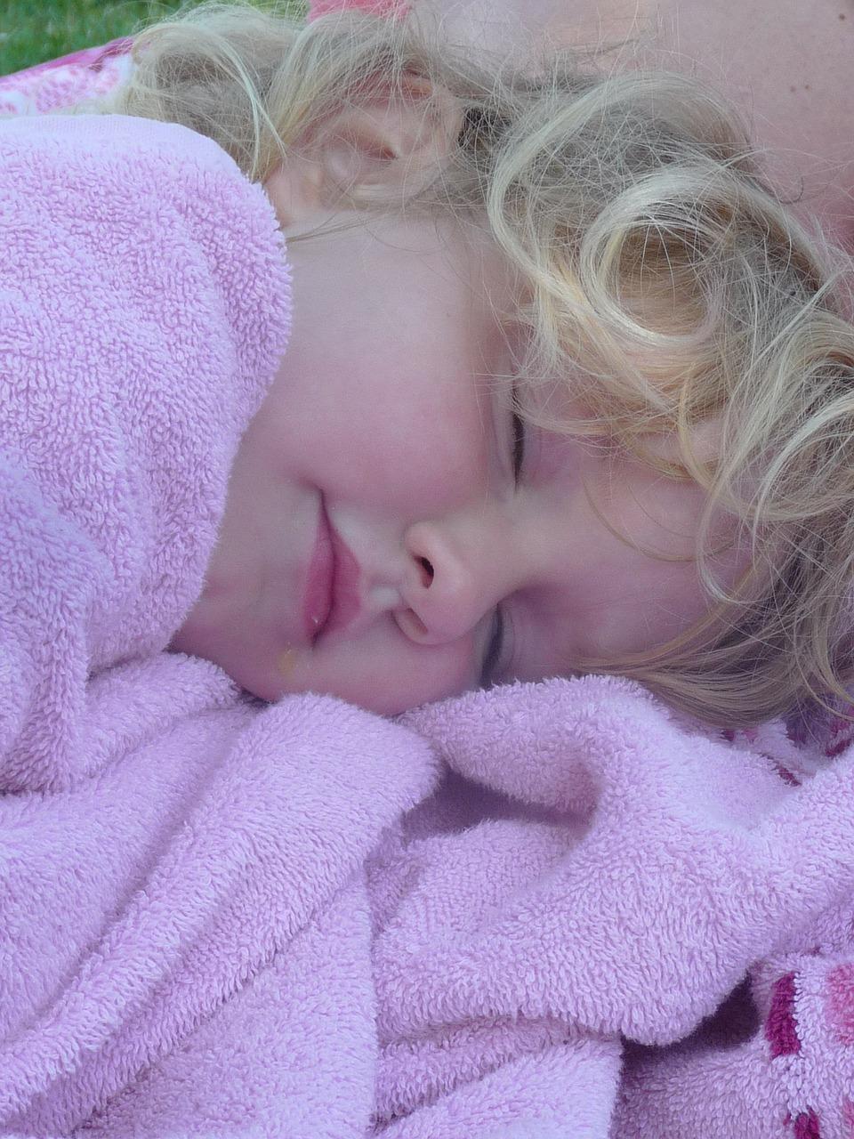 Moczenie nocne u chłopców – wstydliwy problem dzieci do wyleczenia
