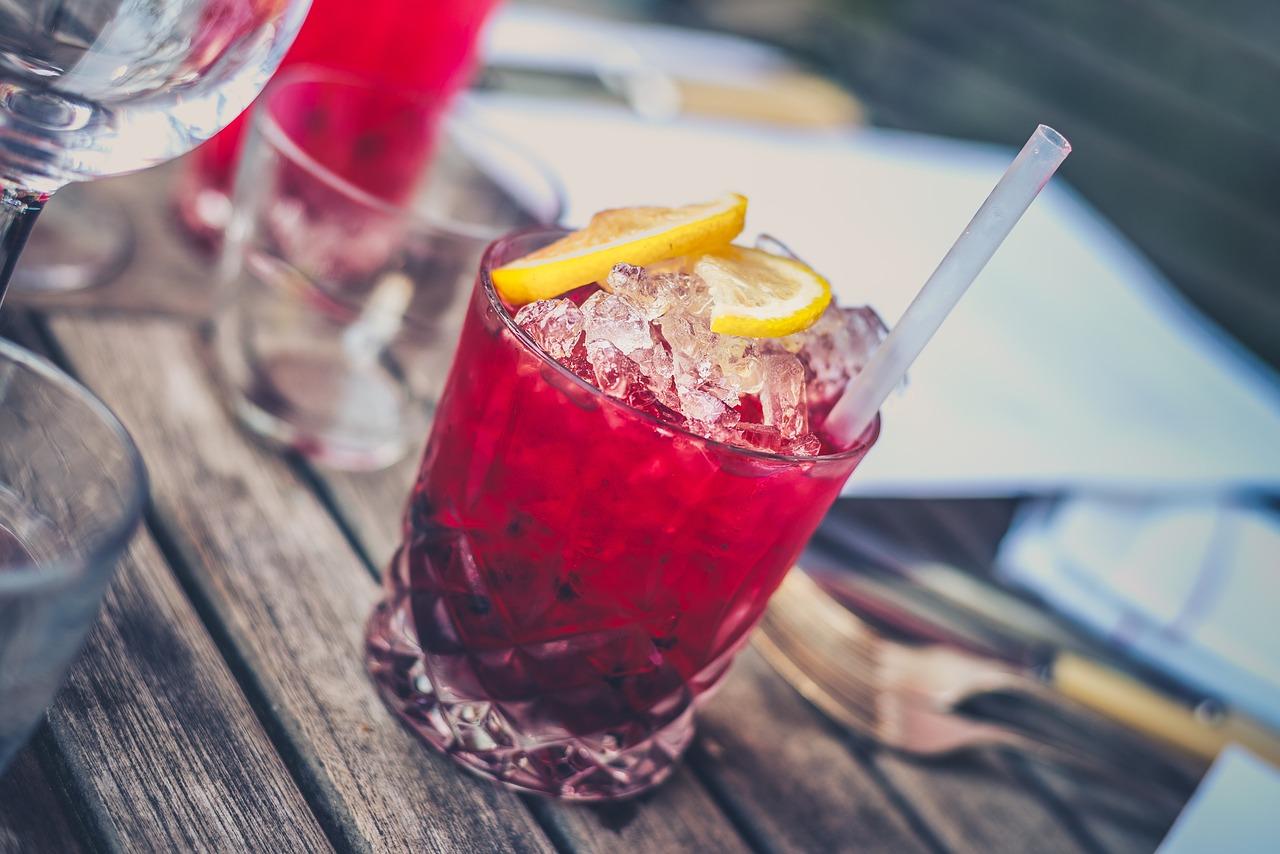 Skutki i konsekwencje alkoholizmu. Co alkoholizm robi z człowiekiem?
